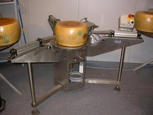 Attrezzatura taglio formaggio parmigiano SpaccaGrana