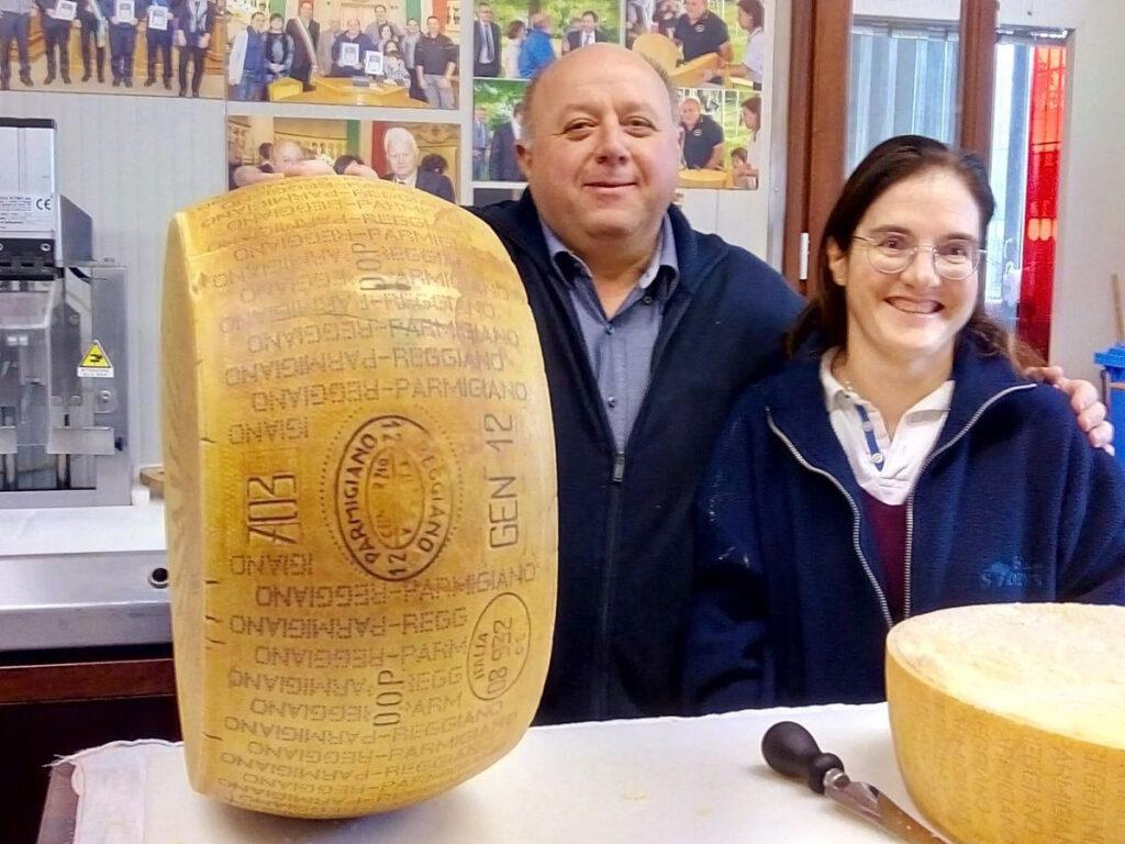 Matteo e Luciana Catellani, Parmigiano Reggiano vacche rosse Grana d'Oro